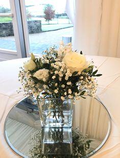 Glass cube table centrepiece arrangement Centrepiece Ideas, Wedding Table Centerpieces, Table Decorations, Wedding Stuff, Wedding Flowers, Cube Table, Glass Cube, Celebrity Weddings, Celebrations