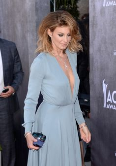 Faith Hill - Annual Academy Of Country Music Awards - Arrivals Beautiful Gorgeous, Beautiful Women, Country Female Singers, Tim And Faith, Tim Mcgraw Faith Hill, Carrie Underwood Photos, Singer Fashion, Country Girls, Country Music