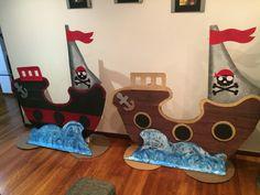 Barcos en cartón para Acto Piratas Fin de Año Escolar Dragon Birthday, Pirate Birthday, Mermaid Birthday, 3rd Birthday, Birthday Parties, Pirate Decor, Pirate Crafts, Pirate Theme, Activities For Kids
