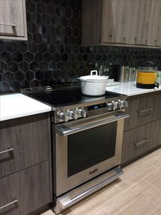 The beautiful NEW Signature Kitchen Suite range. Emtek, Room, Room Design, Home, Kitchen, Suite, Kitchen Appliances, Kitchen Suite, Double Wall Oven