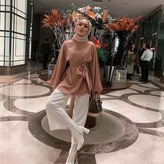 You're the most beautiful dress I've ever worn 🖤 – Hijab Fashion Modest Fashion Hijab, Stylish Hijab, Modern Hijab Fashion, Street Hijab Fashion, Hijab Fashion Inspiration, Hijab Chic, Muslim Fashion, Modest Outfits, Fashion Outfits