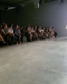 A coleção do @linovillaventura fechou o terceiro dia de SPFW! Ela é composta uma criação mais orgânica sem um tema definido. Além disso os calçados não foram pensados para serem masculinos ou femininos - a ideia é usar sem discriminação. (Por @rodrigoyaegashi e @_guiome) #SPFW  via HARPER'S BAZAAR BRAZIL MAGAZINE OFFICIAL INSTAGRAM - Fashion Campaigns  Haute Couture  Advertising  Editorial Photography  Magazine Cover Designs  Supermodels  Runway Models