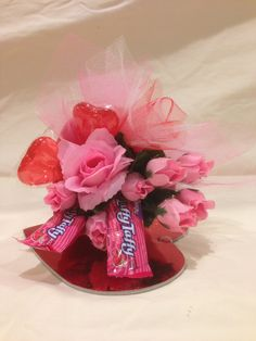 Small flower & candy arrangement for Valentines