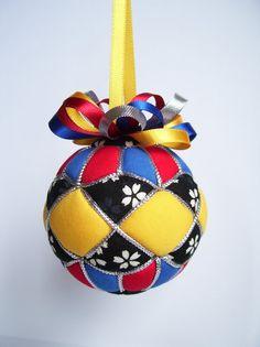 Kimekomi Christmas Ornament by OrnamentDesigns on Etsy