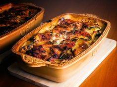 lasagnes, courgette, carotte, oignon, champignon de Paris, thon, brique, moutarde, emmental, Sel, Poivre, Huile d'olive