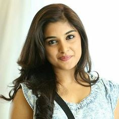 [Image] Beautiful and talented, Niveda Thomas started her career at the age Who is working in Malayalam, Tamil and Telugu film industry. She was born on October 1995 House Relocation, Relocation Services, Indian Bollywood Actress, Bollywood Fashion, Beautiful Girl In India, Packing To Move, Packers And Movers, Famous Celebrities, Indian Beauty