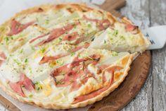 Witte aspergequiche met ham