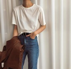 Images and videos of minimal fashion Teen Fashion Outfits, Mode Outfits, Women's Fashion, Fashion Trends, Cute Casual Outfits, Pretty Outfits, Look 80s, Looks Black, Korean Outfits