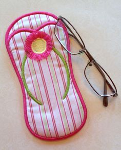 In The Hoop :: Women's Accessories :: Flip Flop Eyeglass Case - Embroidery Garden In the Hoop Machine Embroidery Designs
