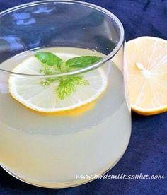 2 bardak su 3 diş taze sarımsak 2 tatlı kaşığı bal 1 adet limon suyu Hazırladığınız 3 bardak suyu bir boş kabın içerisine dökün daha sonra 3 diş sarımsağı ezdikten sonra suyun içerisine atın. Kaynayana kadar ocakta bekleyin kaynadıktan sonra ocağı söndürün ve bal ve limon suyunu da ilave edin. Hafif karıştırın ve soğumaya bırakın. Süzüp ılık olarak içebilirsiniz. Günde 3 kez ılık olarak yarım bardak için.. istediğimiz kiloya ulaşana kadar.