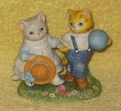"VINTAGE RARE KITTY CUCUMBER BOY AND GIRL KITTY "" I'M HAVING A BALL "" MIB in Collectibles, Decorative Collectibles, Decorative Collectible Brands 