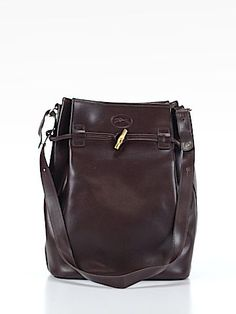 I usually hate Longchamp, but this leather is irresistible.
