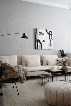Recamier: know what it is and how to use it in decoration with 60 ideas - Home Fashion Trend Living Room Sofa, Living Room Interior, Home Living Room, Living Room Designs, Living Room Decor, Bedroom Decor, Living Room Furniture, Beige Living Rooms, Ikea Furniture