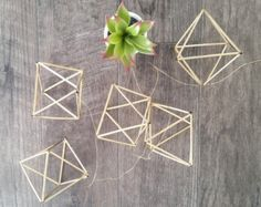 Gold Geometric Himmeli Garland by NiftyMomma on Etsy Geometric Decor, Great Backgrounds, Backdrops, Backdrop Ideas, Xmas Tree, Accent Pieces, Garland, Shapes, Wedding Gold