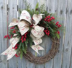 cool 44 Elegant Rustic Christmas Wreaths Decoration Ideas to Celebrate Your Holiday  https://homedecorish.com/2017/11/10/44-elegant-rustic-christmas-wreaths-decoration-ideas-to-celebrate-your-holiday/