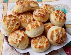 Érdekel a receptje? Kattints a képre! Diabetic Recipes, Diet Recipes, Hungarian Recipes, Savory Snacks, Dough Recipe, Pretzel Bites, Nutella, Baked Potato, Garlic