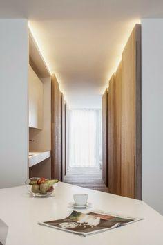 Parole di case: Luoghi nascosti da pareti di legno