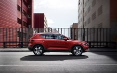 Download wallpapers Volvo XC40, 2018, 4k, side view, new red XC40, compact crossover, Volvo