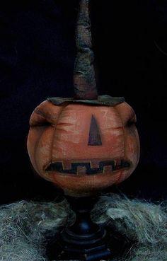 Primitive Halloween Pumpkin goblin