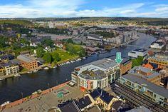 Sentrum: Strøken selveier med utmerket beliggenhet - Høy standard og smarte løsninger - Se video og 3D-visning! | FINN.no Fredrikstad, Paris Skyline, Real Estate, Travel, Viajes, Real Estates, Destinations, Traveling, Trips