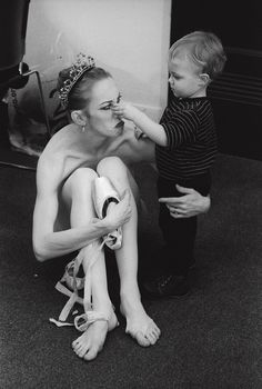 17 Stunning Images Show Prima Ballerinas Balancing Motherhood With Their Dance Careers