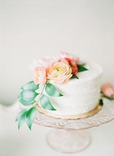 rustic elegant wedding cake ideas | Estes Park Blush Pink Wedding | Photography by Connie Whitlock
