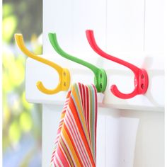 Wall hooks in various colours (set of 3) | hardtofind.