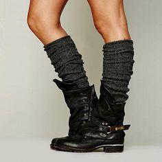 Women& Shoes - Women& Flat Ankle Boots in Polished Pleated .- Damenschuhe – Damen Flache Stiefeletten aus poliertem Plissee-Leder – styleN … Women& Shoes – Women& Flat Ankle Boots in Polished Pleated Leather – styleN …, - Ankle Boots, Low Heel Boots, Moto Boots, Low Heels, Heeled Boots, Bootie Boots, Shoe Boots, Women's Shoes, Zapatos Shoes