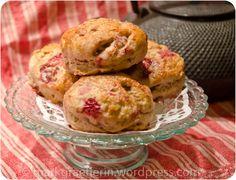 It's Teatime: Erdbeer-Scones mit Walnüssen nach Leila Lindholm