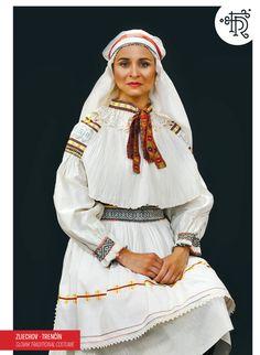 Vietnam Costume, Tribal Dress, Wedding Costumes, Folk Embroidery, Folk Costume, World Of Color, Festival Wear, Traditional Dresses, Dance Wear