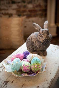 Cotton Supreme Easter Eggs Free Knitting Pattern . PDF version here: http://www.universalyarn.com/patterns/453.pdf