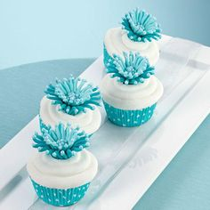 Lily Nail Cake Decorating