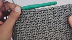 Crochet Box Stitch, Easy Crochet, Crochet Stitches, Knit Crochet, Crochet Patterns, Crochet Hats, Crochet Hat Tutorial, Lace Purse, Crochet Videos