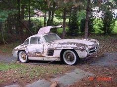 Restoration Project: Mercedes Benz Gullwing (c. Mercedes Benz G Klasse, Mercedes Benz 300, Abandoned Cars, Abandoned Places, Jaguar E Typ, Car Barn, Vw Vintage, Rusty Cars, Classic Mercedes