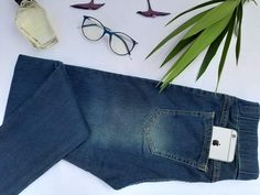 Jeansstick pants and button at the price of 155 EGP Jeans Brands, Mom Jeans, Denim Shorts, Buttons, Legs, Raw Materials, Tassel, Period, Challenge