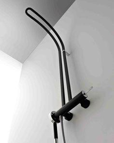 treemme-philo Bronze Door Knobs, Black Shower, Bathroom Inspiration, Daily Inspiration, Plumbing Fixtures, Shower Faucet, Bathroom Accessories, Interior Styling, Industrial Design
