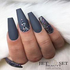 18 Beautiful Coffin Nail Designs Ideas ★ Matte Coffin Nails Design for Beautiful Look Picture 6 ★ See more: http://glaminati.com/coffin-nail-designs/ #coffinnails #coffinnaildesigns
