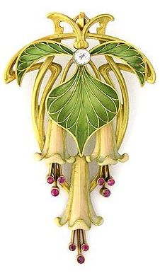 Art Nouveau Brooch or Pendant c.1895-1910 Enamel, Rubies & a Diamond in Gold ♥≻★≺♥