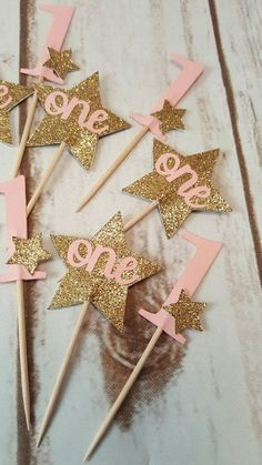 Twinkle Twinkle Little Star Cupcake Toppers Girl by LabelMeJody First Birthday Cupcakes, Baby Girl 1st Birthday, First Birthday Parties, Birthday Ideas, Princess First Birthday, One Year Birthday, Twinkle Star Party, Twinkle Twinkle Little Star, 1st Birthdays