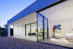 CUBUS DESIGNHAUS GmbH., energy-efficient prefab Design Houses. Modern architecture and energy-efficient prefab design houses, latest energy-efficient house construction system and home automation technology. CUBUS Designhaus, energy-efficient design houses Made in Germany.