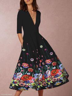 Gracybee Deep V-Neck Floral Printed Skater Dress – maxi dress casual outfit,vacation maxi dress,womens long maxi dress,maxi dress autumn casual,floral maxi dress Half Sleeves, Types Of Sleeves, Style Floral, Floral Skater Dress, Floral Dresses, Printed Dresses, Sleeveless Dresses, Floral Maxi, Maxi Dresses