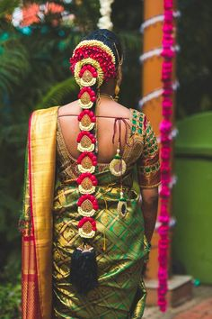 Order Fresh flower poolajada, bridal accessories from our local branches present over SouthIndia, Mumbai, Delhi, Singapore and USA. South Indian Wedding Hairstyles, Bridal Hairstyle Indian Wedding, Bridal Hair Buns, Bridal Hairdo, Hairdo Wedding, Indian Bridal Makeup, Simple Wedding Hairstyles, Wedding Hair Flowers, Flowers In Hair