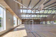 képek: Jean Lurçat Főiskola és Gimnázium, Saint Denis - Mikou Design Studio