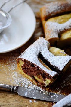 Ucierane ciasto z jabłkami   Бисквитный пирог с яблоками