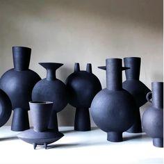 Pottery Sculpture, Pottery Vase, Ceramic Pottery, Slab Pottery, Thrown Pottery, Contemporary Ceramics, Modern Ceramics, Sculptures Céramiques, Mugs