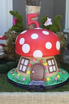 Toadstool mushroom fondant cake