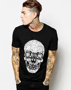 ASOS+T-Shirt+With+Halloween+Skull+Print+And+Skater+Fit- Homme Inked