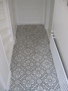 Cement tiles Hall - Bruno 02 - Project van Designtegels.nl