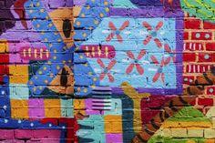 Tolles Streetart Motiv. Es gibt sogar jetzt Streetart Guides, die man sich downloaden kann und die Kunstwerke abgehen kann: Wir stellen euch 3 Streetart Tours hier vor: www.fotos-fuers-l...