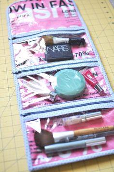 Lindsey's cosmetic case tutorial be good as a sewing case as well Diy Bag Organiser, Bag Organization, Bag Pattern Free, Sewing Patterns Free, Diy Sewing Projects, Sewing Tutorials, Vynil, Cosmetic Case, Toiletry Bag